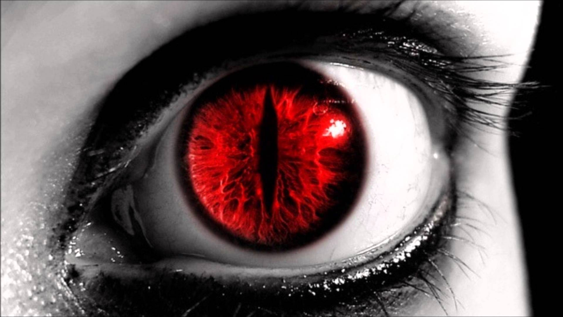 red-eyeas2